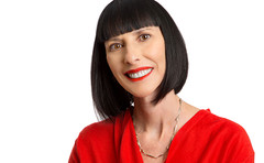 Lynda Kahn